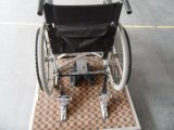 Safety Belts를 가진 Electric Manual Wheelchair를 위한 휠체어 Lock Devise & Locking Restraint System