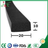 Profilo variopinto dell'espulsione della gomma spugnosa per costruzione e l'automobile