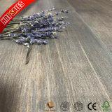 木製の穀物の表面新しいデザインダイヤモンドの版の積層物のフロアーリング