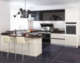 型のフランスの国様式の白い台所木の食器棚のキャビネット