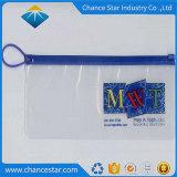 Verpakkende Zak van pvc van de Ritssluiting van de douane de Duidelijke Plastic met Hanger