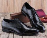 Zapatos de alineada italianos del negro del cuero del Mens para la oficina de asunto