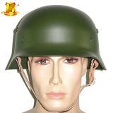 De Duitse Helm van het Staal van het Type M35 Dubbele