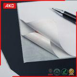 Escritura de la etiqueta del papel de trazo
