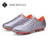 Voetbalschoenen van de Voetbal van de Kwaliteit van de fabrikant de Beste Toevallige