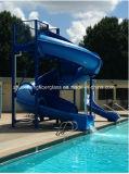 К услугам гостей новый бассейн с водными горками