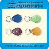 Tag plásticos da cor diferente RFID com preço de grosso