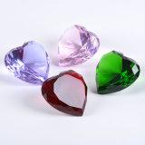 Nuevo diseño del Corazón de cristal pisapapeles de Diamantes para la venta al por mayor