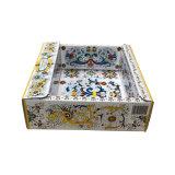 В подарочной упаковке из гофрированного картона картонная упаковка для ванны крем доставка