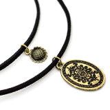 De dubbele Ketting met Antieke Zilveren Zonnebloem snijdt de Nauwsluitende halsketting van de Charmes van de Meetkunde van het Patroon van het Paleis