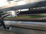 Étiquettes latérales automatiques d'un papier thermosensible feuilletant la machine