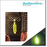 Clip reflexiva usada en la Seguridad Vial