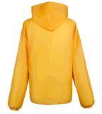 Gelber wasserdichter Regenmantel-Unisexkurzschluß mit mit Kapuze