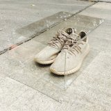 Cadre de chaussure en plastique acrylique transparent avec le couvercle magnétique