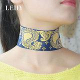 인종 작풍 감색 금 색깔 기온변화도 경사로 Sequins 궁전 패턴 여자를 위한 간단한 넓은 숨막히게 하는 것 목걸이