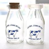 Молочный пудинг стеклянные бутылки с различными табличка