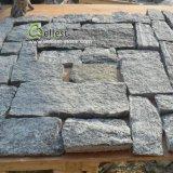 Type desserré grisâtre pierre extérieure de revêtement de mur de fractionnement de forme faite au hasard normale de surface