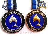 Medalha do clube de natação, acabamento de prata antigo