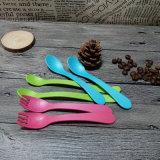 生物分解性PLAの台所食事用器具類の使い捨て可能な道具ナイフのフォークの長いハンドルのスプーン
