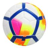 La alta calidad crea la bola de cuero del balompié para requisitos particulares de la PU