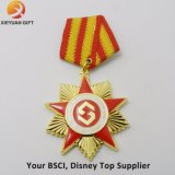 La produzione su ordinazione 3D ha inciso la medaglia del premio del metallo con l'aquila