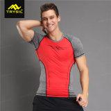 人の体操の練習のための実行中のワイシャツの圧縮のワイシャツ