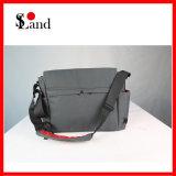 Для использования вне помещений Messenger взять на себя сумки для поездок, в школе