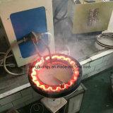 中間周波数の誘導電気加熱炉を造る球の金槌の先のハンマー