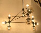 Candelabro moderno do diodo emissor de luz do metal ambarino do preto da esfera de vidro