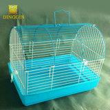 新しい金網の鳥籠