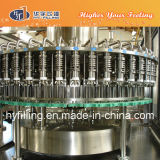 La energía automática de la botella del animal doméstico bebe la máquina de rellenar