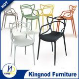 좋은 품질 쌓을수 있는 디자인에 의하여 주조되는 플라스틱 의자