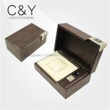 Caixa de empacotamento do relógio gama alta do couro do crocodilo com placa de metal