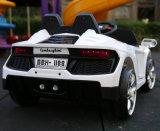 La meilleure conduite en plastique de vente de gosses sur le jouet de véhicule