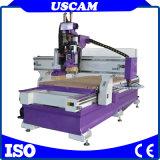 Hölzerne Möbel-Schranktür, die Prägeatc CNC-Fräser-Maschine mit Hilfsmittel-Wechsler herstellt