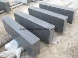 Scale esterne smerigliatrice /Steps del calcare della pietra blu