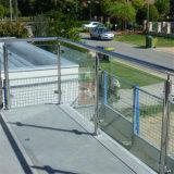 ステンレス鋼のBalusterのステンレス鋼のバルコニーのガラス柵
