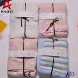 Одеяла младенца хлопка вязания крючком жаккарда сплошного цвета Handmade