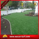 Alfombra artificial multicolora de la hierba del césped para ajardinar
