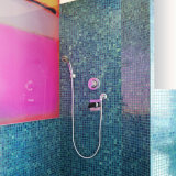 建築材料の台所Backsplashの壁はガラスモザイクをタイルを張る