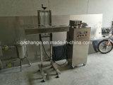 Автоматический High Speed разливает уплотнитель по бутылкам индукции алюминиевых фольг