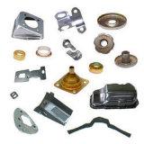 Metall, das mit verschiedener Fertigstellung der Maschinerie-Teile stempelt