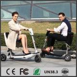 OEM de In het groot Vouwbare 3 Wielen die van de Fabrikant de Elektrische Autoped van de Mobiliteit voor Volwassene met Zetel vouwen