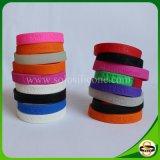 Wristband Mixed del silicone di colore di nuovo disegno con il marchio di Debossed