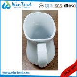卸し売り白い磁器のビュッフェのミルクの水差しの水差し