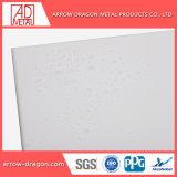 Revestimiento de polvo de aluminio ligero y fácil ensamblaje el revestimiento de paneles de pared para la decoración mural interior/exterior