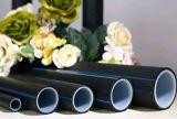 Tubo de alimentación de agua azul flexible