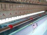 キルトにすることおよび刺繍のための27ヘッドが付いている高速コンピュータ機械