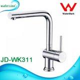 Jd-Wk2551 cromado de latão torneira da cozinha Round Misturador de cozinha de design para o dissipador de calor