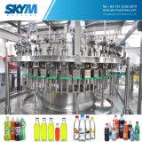 コーラの飲料のびん詰めにする機械